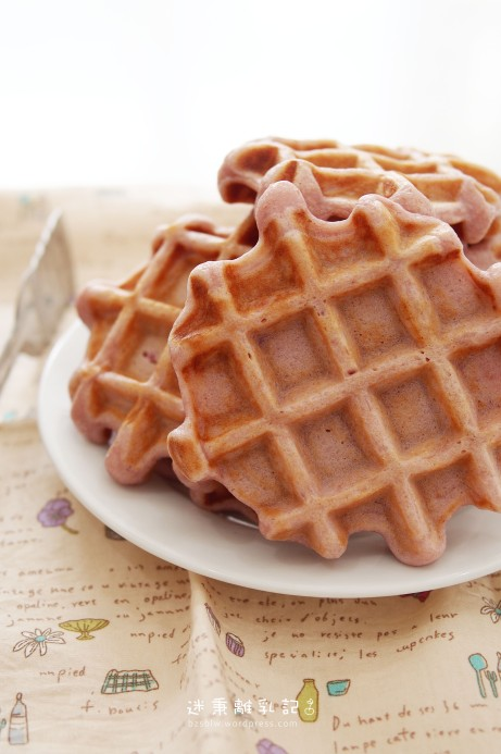 PURPLE SWEET POTATO YOGURT WAFFLE 紫薯優格窩夫