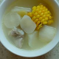 白蘿蔔玉米排骨湯 White Raddish Corn Spare Ribs Soup