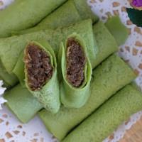 香蘭椰糖椰絲卷 Kuih Ketayap (Crepes with Sweet Coconut Filling)