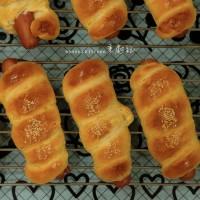 腸仔包 · 熱狗麵包卷 Sausage Rolls